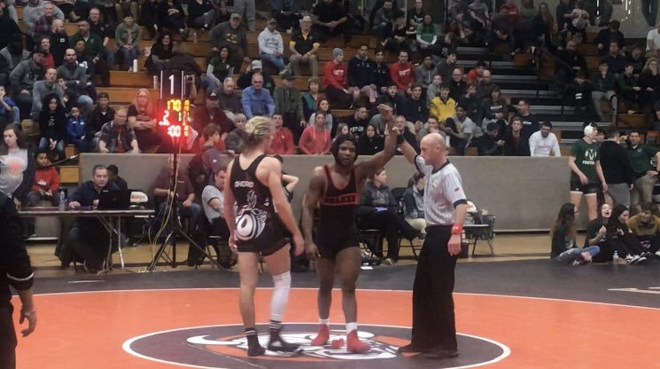 Undefeated Wrestler Najee Lockett is District Champ in 170