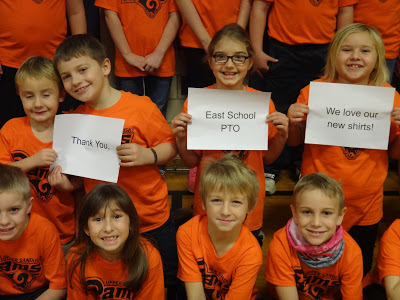 Students thanking PTO for their new shirts